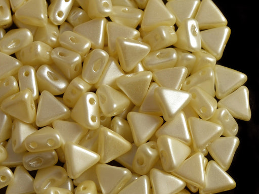50 pcs Khéops® Par Puca® 2-hole Beads, Triangle 6mm, Pastel Cream, Czech Glass