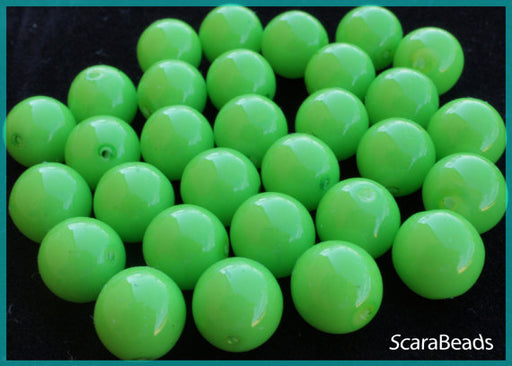 5 pcs Round Pressed Beads ESTRELA, 10mm, Green, Czech Glass