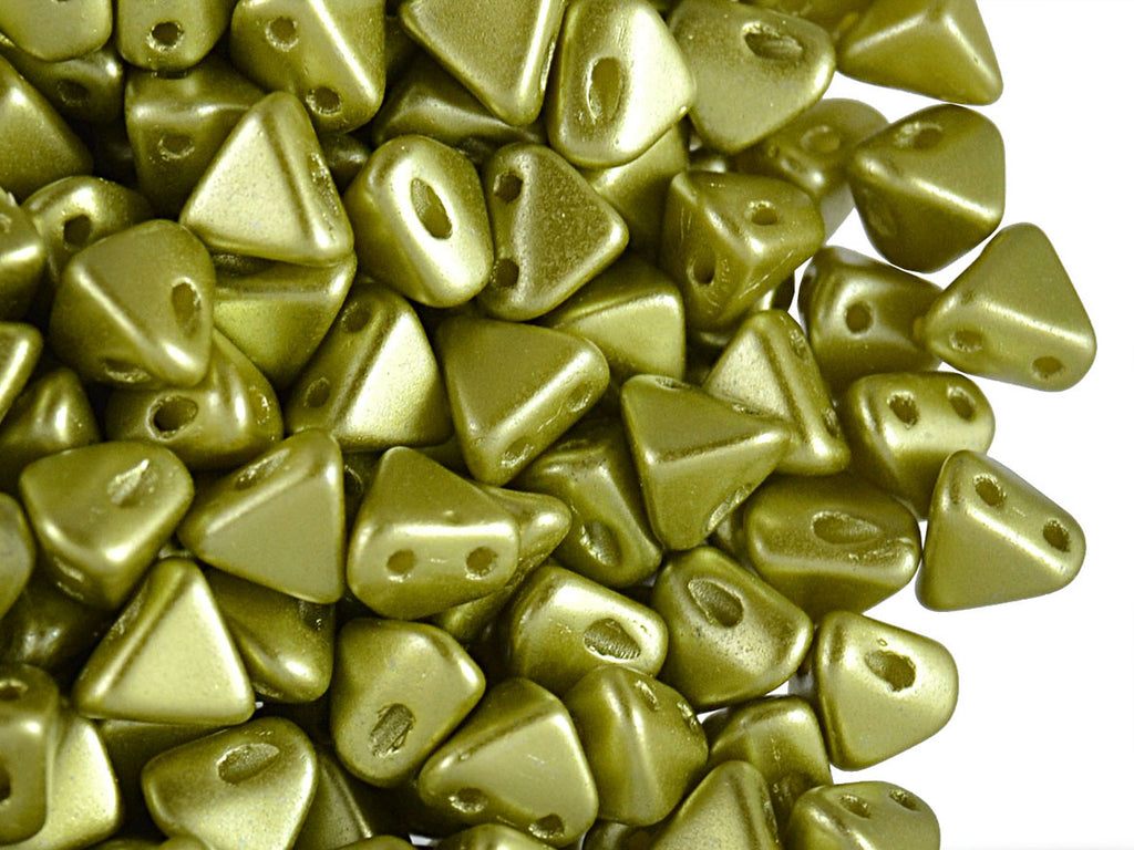 50 pcs Super Khéops® Par Puca® 2-hole Beads, 6mm, Pastel Green Lime, Czech Glass