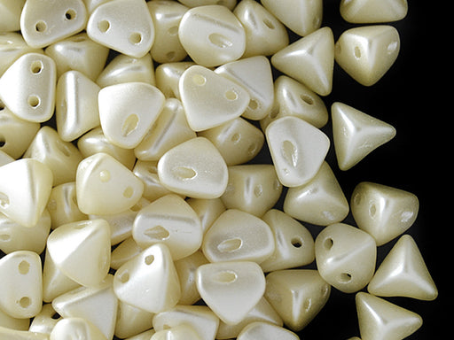50 pcs Super Khéops® Par Puca® 2-hole Beads, 6mm, Pastel Cream, Czech Glass