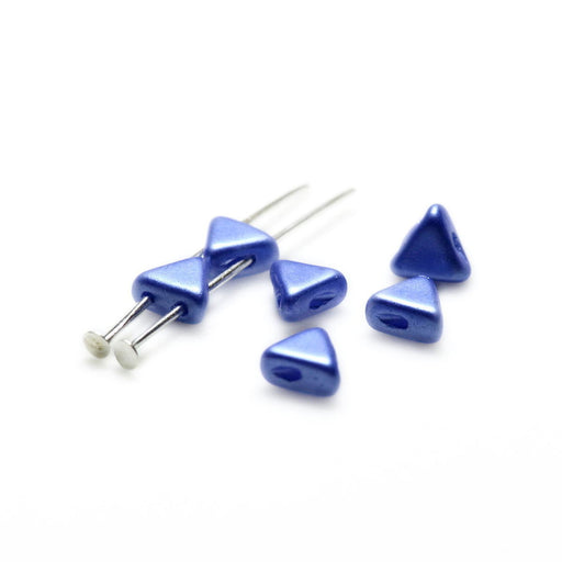50 pcs Khéops® Par Puca® 2-hole Beads, Triangle 6mm, Pastel Sapphire, Czech Glass