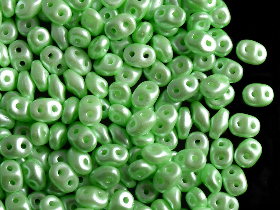 20 g 2-hole SuperDuo™ Seed Beads, 2.5x5mm, Pastel Light Chrysolite, Czech Glass