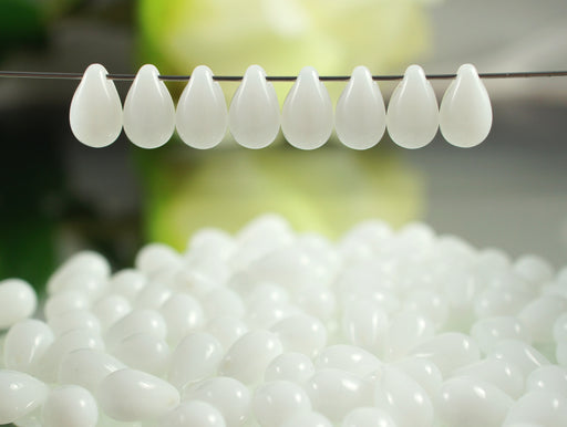 30 pcs Teardrop Glass Beads, 6x9mm, White Alabaster, Czech Glass