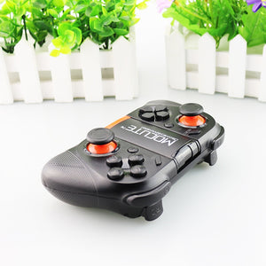 """Master Gamer"" Wireless Gamepad - Everything Crunk"