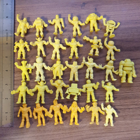 Kinkeshi Lot - Yellow (31 pieces) - 20200612