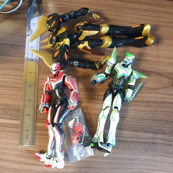 Big Robot Dudes Junk Toy Lot - 20200929 - BL11