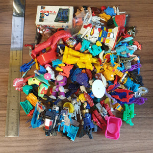 Big Pile of Random Ass Plastic Parts and Incomplete Toys - 20200929 - BL11