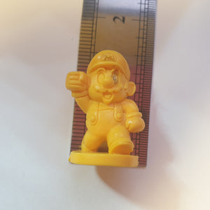 Super Mario Series - Mario w/ Stand - Yellow (STAINED FACE) - 20200930 - BL18
