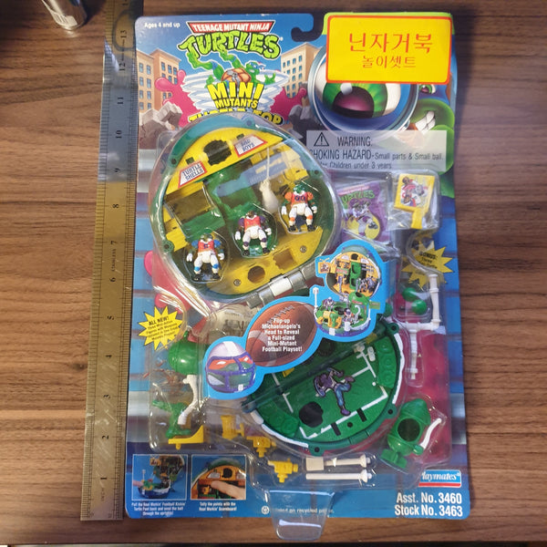 Teenage Mutant Ninja Turtles / TMNT Mini Mutants Turtle-Top Playsets - Football Michelangelo - 20210104