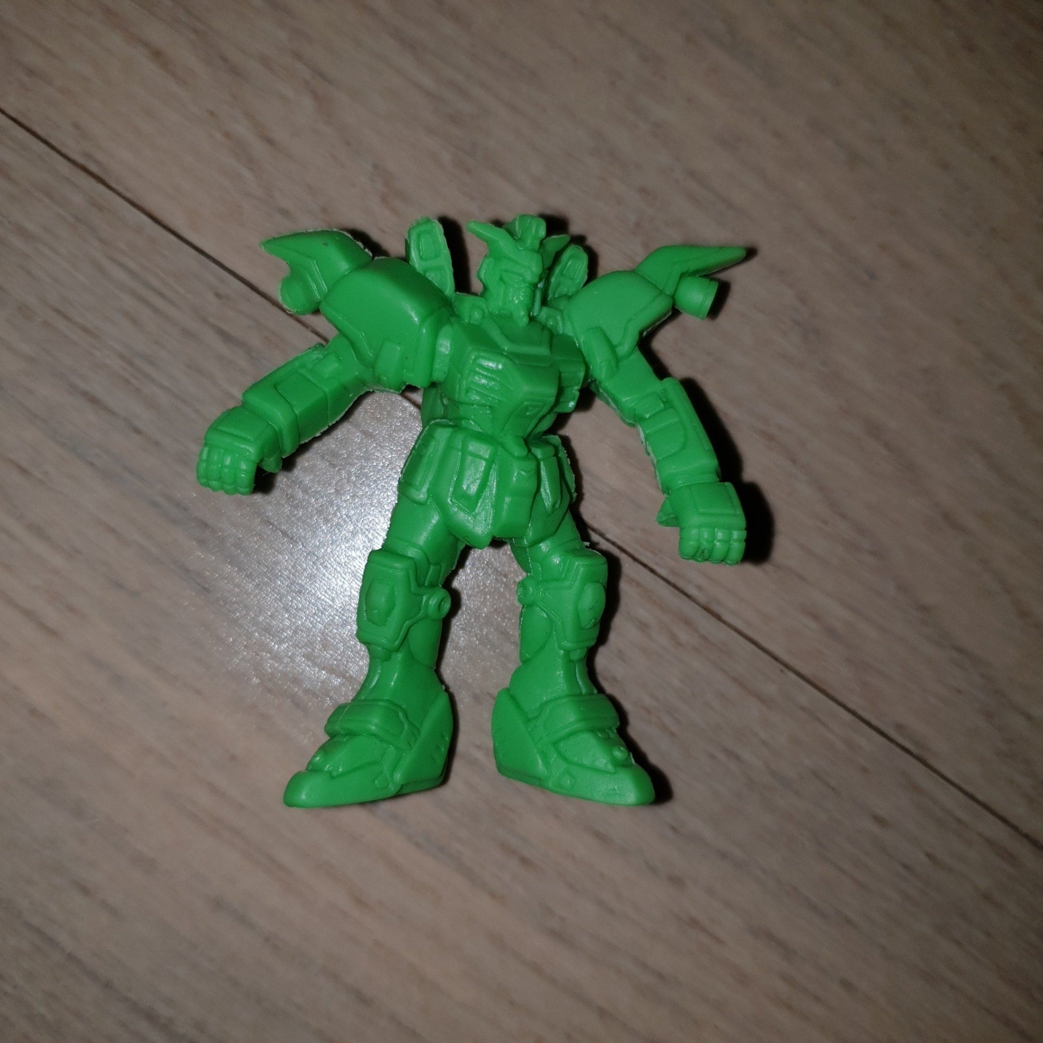 Green Gundam Dude - Keshi