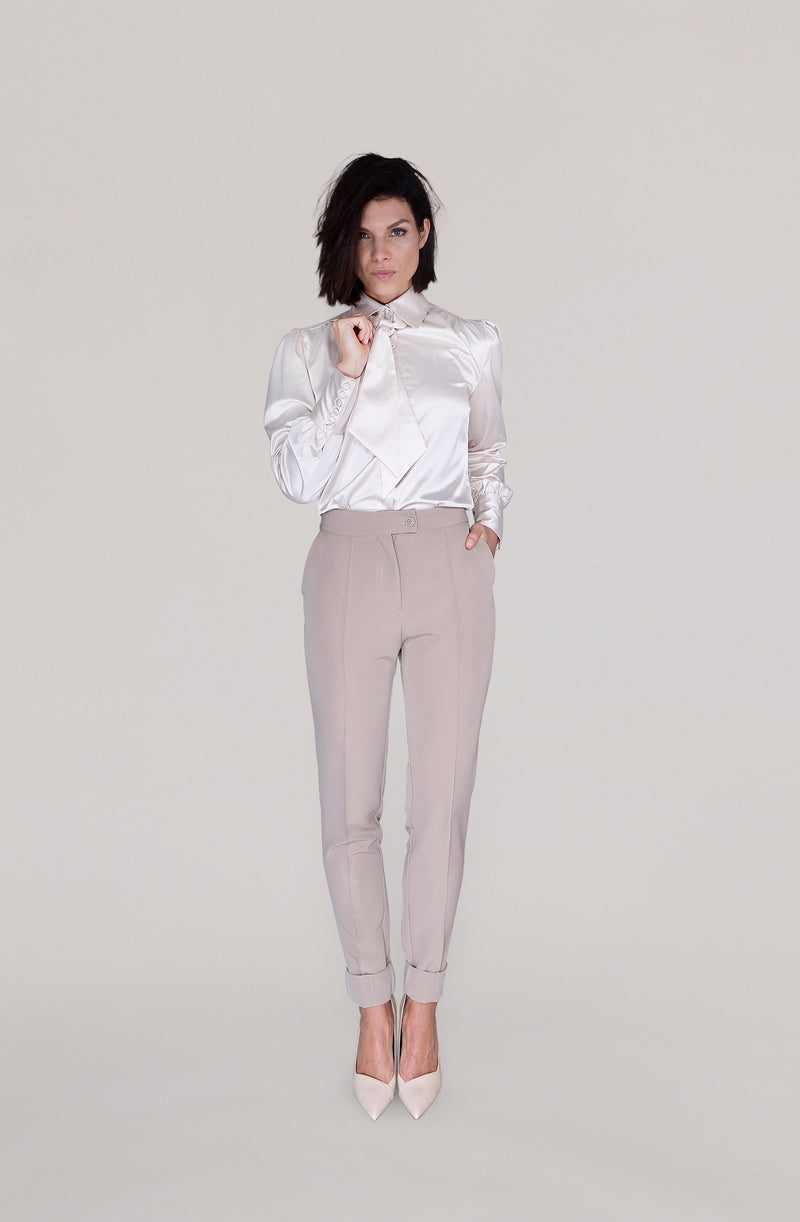 THE BLOUSE  with detachable bow - nude