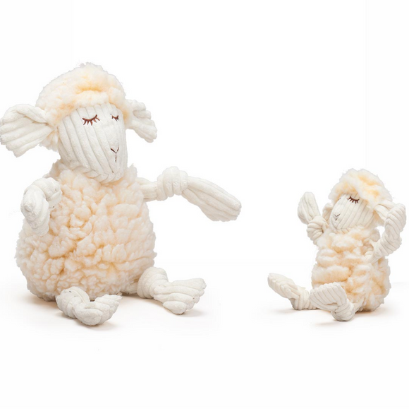 Hugglefleece Fluffer-Knottie, Louise the Lamb - Le Pet Luxe
