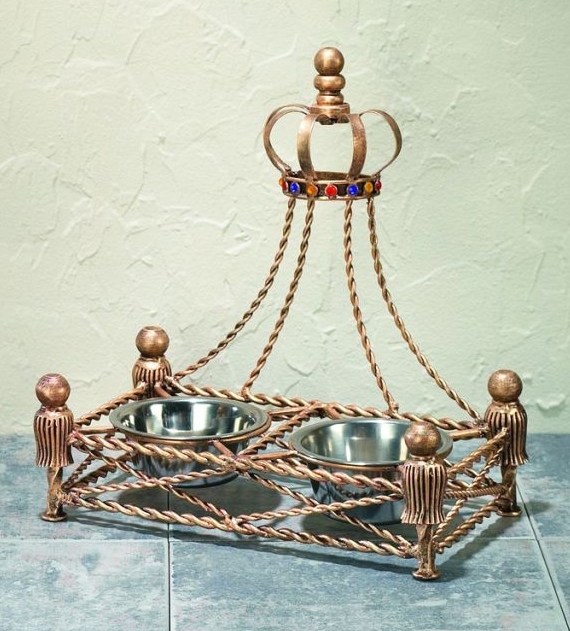 Antique Iron Crown Pet Feeder - Le Pet Luxe