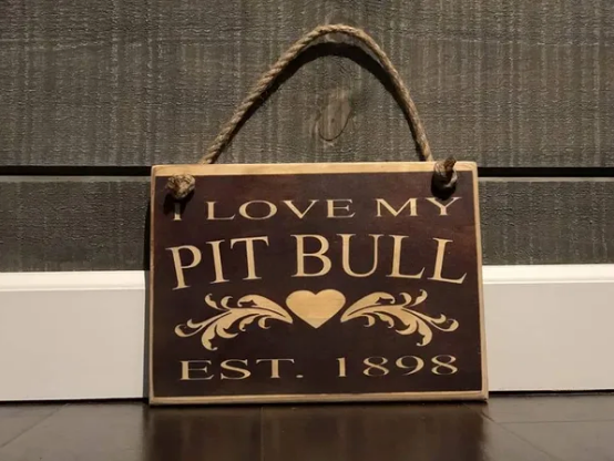 I love my Pitt Bull - Le Pet Luxe