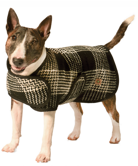 Black and White Plaid Dog Blanket Coat - Le Pet Luxe