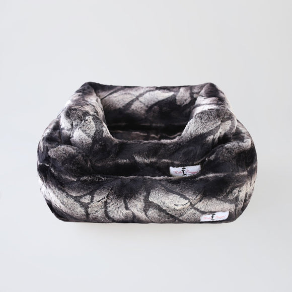 Deluxe Dog Beds - Chinchilla - Le Pet Luxe