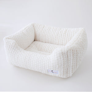 Paris Dog Bed ~ Ivory
