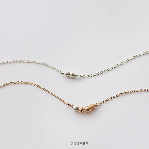 Dainty bead necklace, delicate circle necklace- Made in Canada