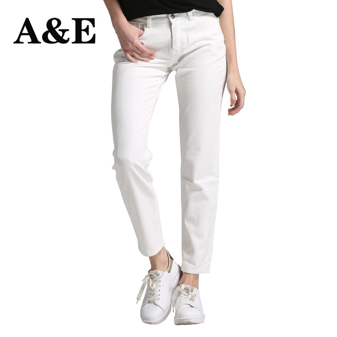 Alice & Elmer White Boyfriend Jeans For Women