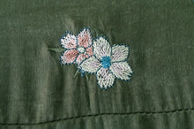 Charger l'image dans la galerie, Vintage Chic Peacock Flower Embroidery Long Shirts