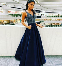 Charger l'image dans la galerie, Women Blue Beaded & Tulle 2019 Prom Dresses