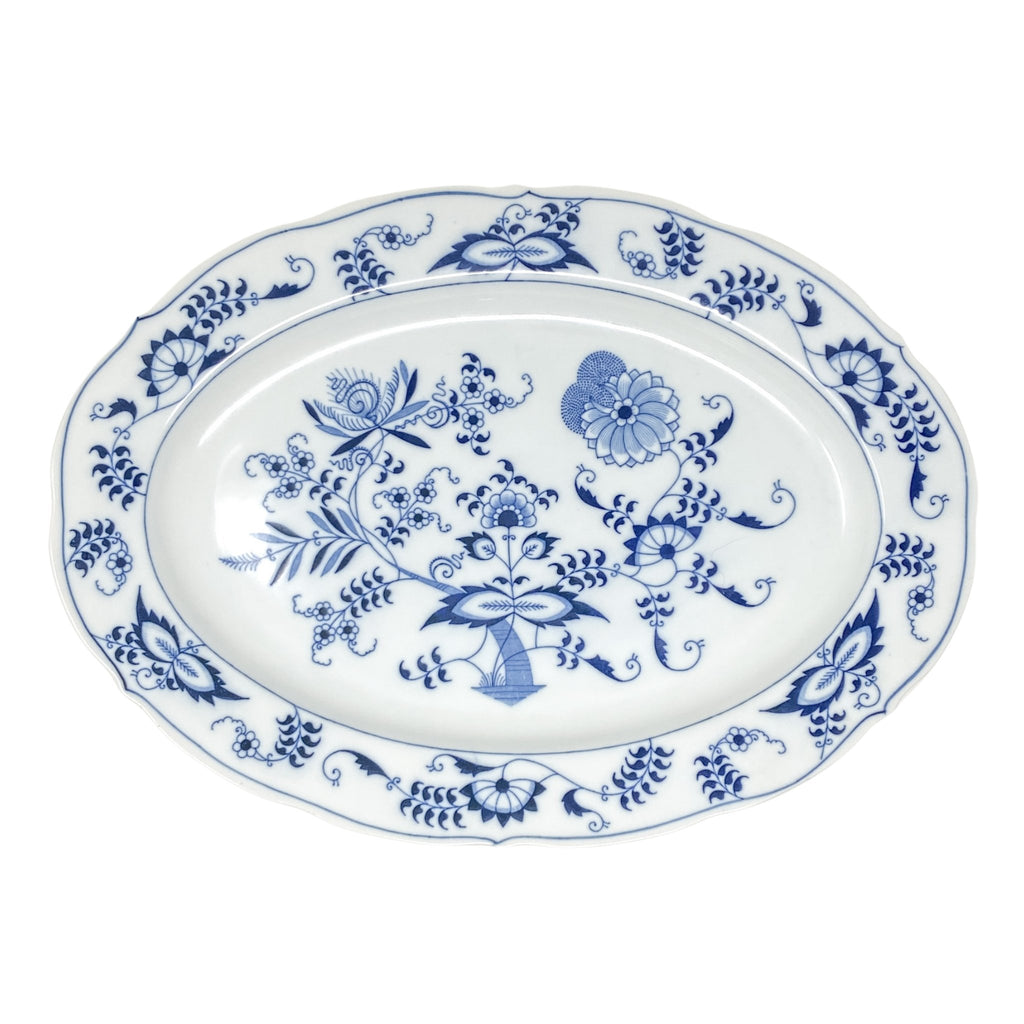 Signature Blue & White X-Large Platter | The Brooklyn Teacup - great for holiday meals with turkey, thanksgiving, christmas, hanukkah, passover
