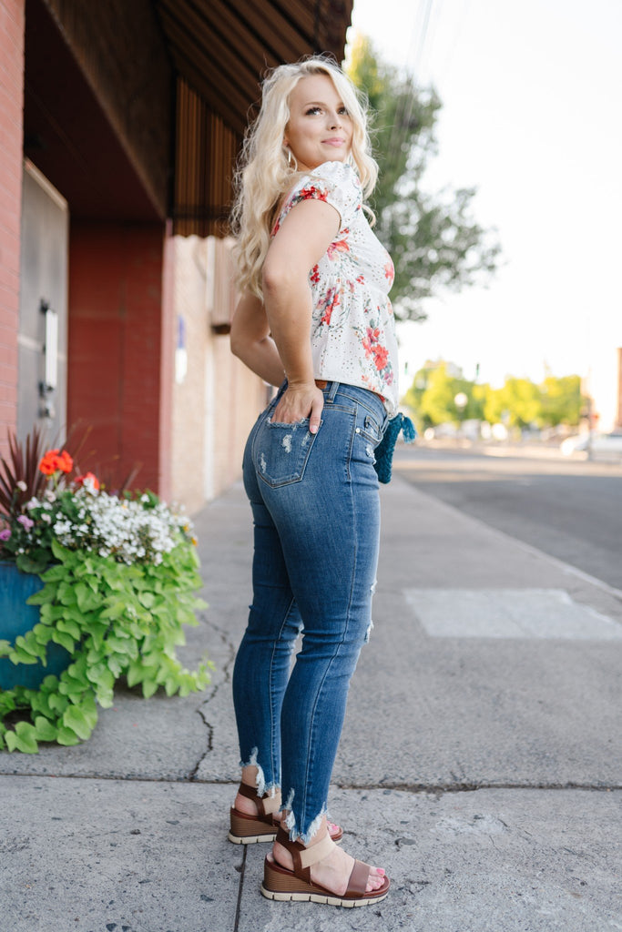 Love Bites Judy Blue Cropped Skinny Jeans