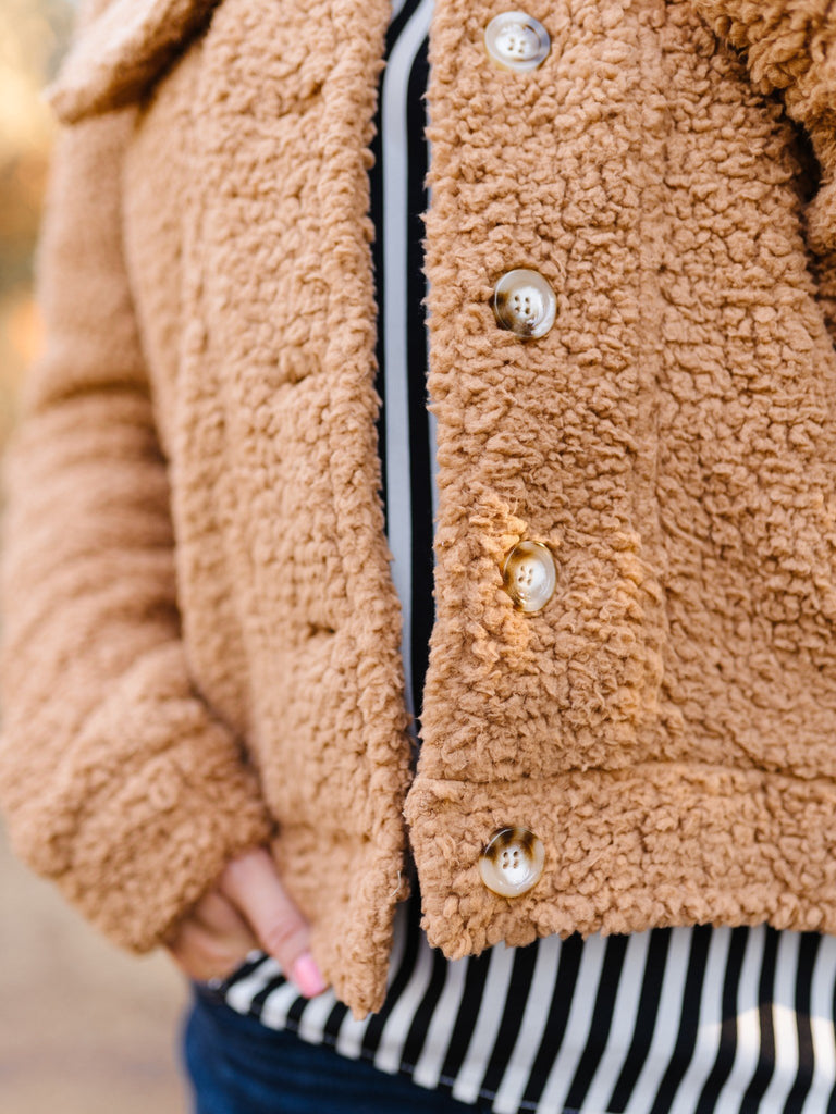 Foxy Sherpa Jacket In Camel
