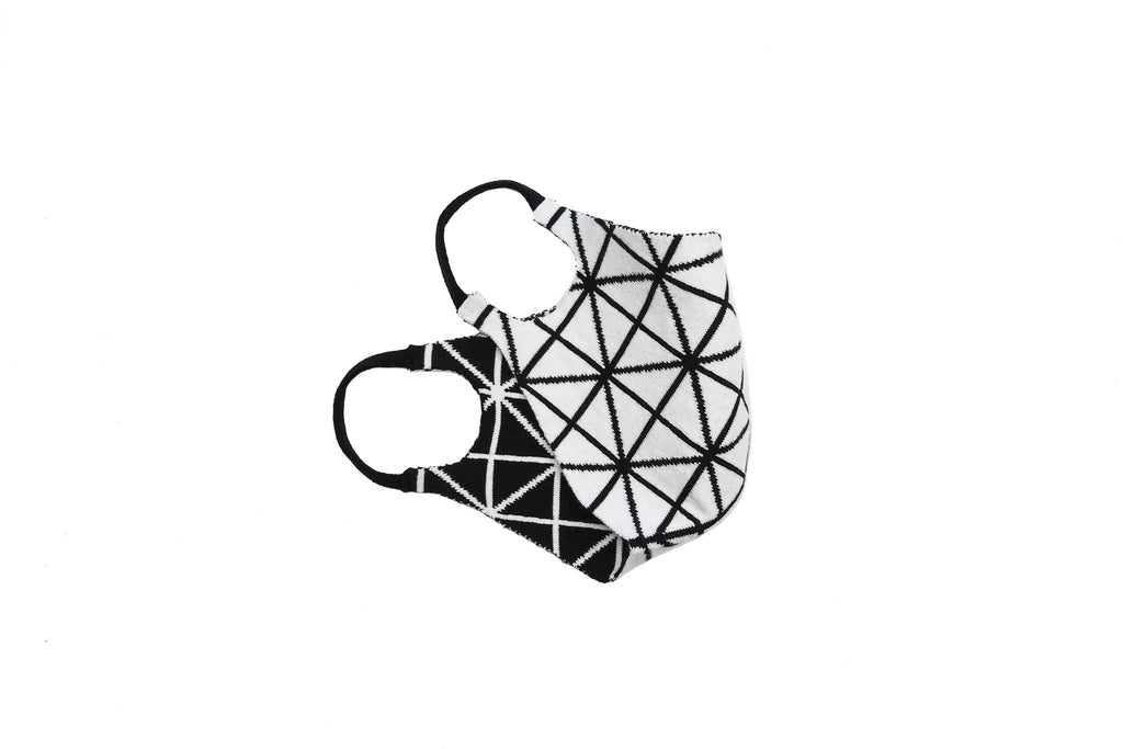 Geometric Reversible Jacquard Knit Mask (White/Black)