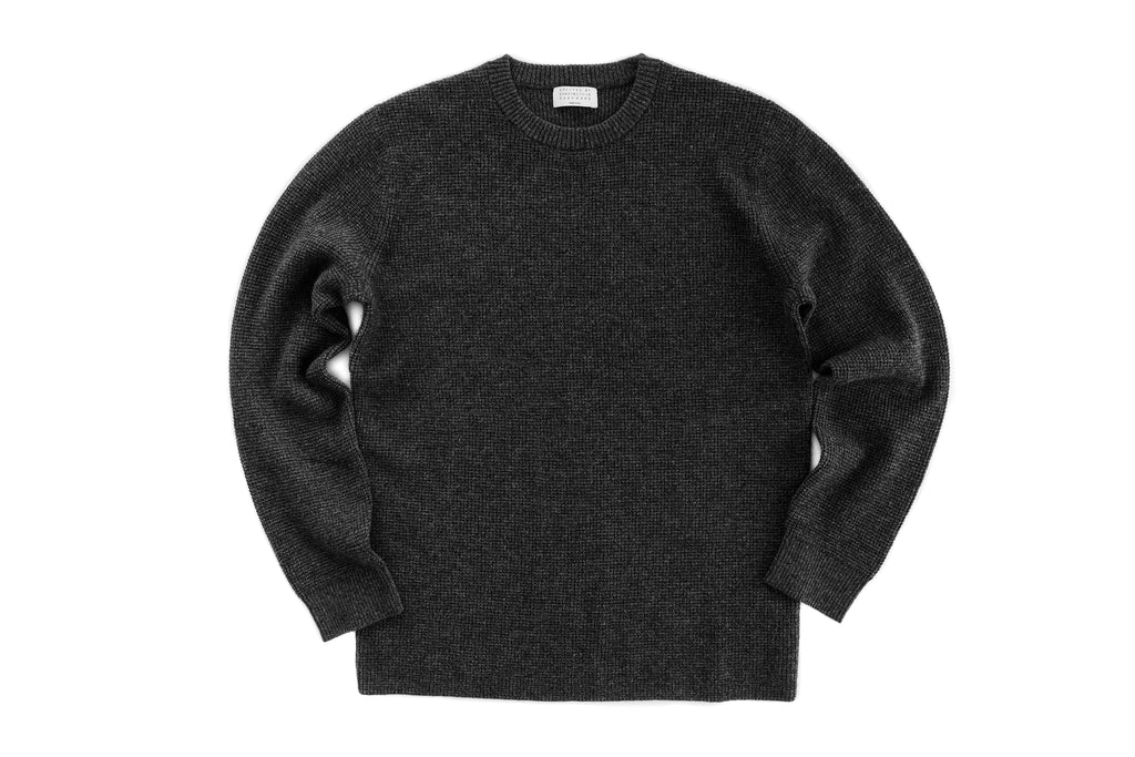 Cashmere Micro Waffle Crew (Charcoal)
