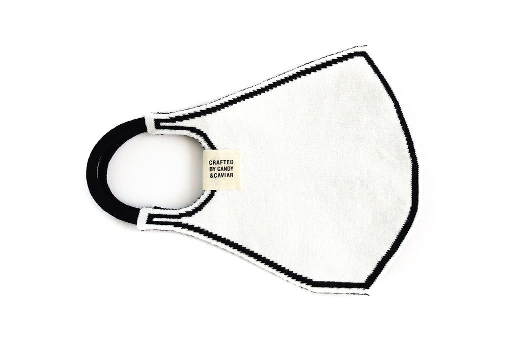 Outline Reversible Jacquard Knit Mask (White/Black)