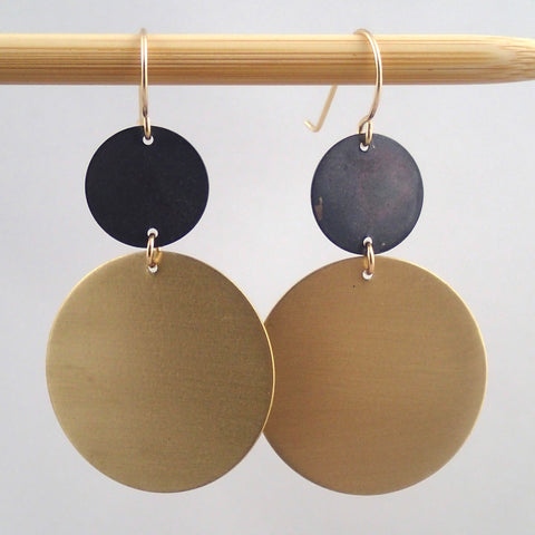 "Brass and oxidized ""mars"" circle earrings"