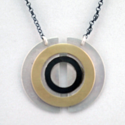 Venus Pendant Necklace