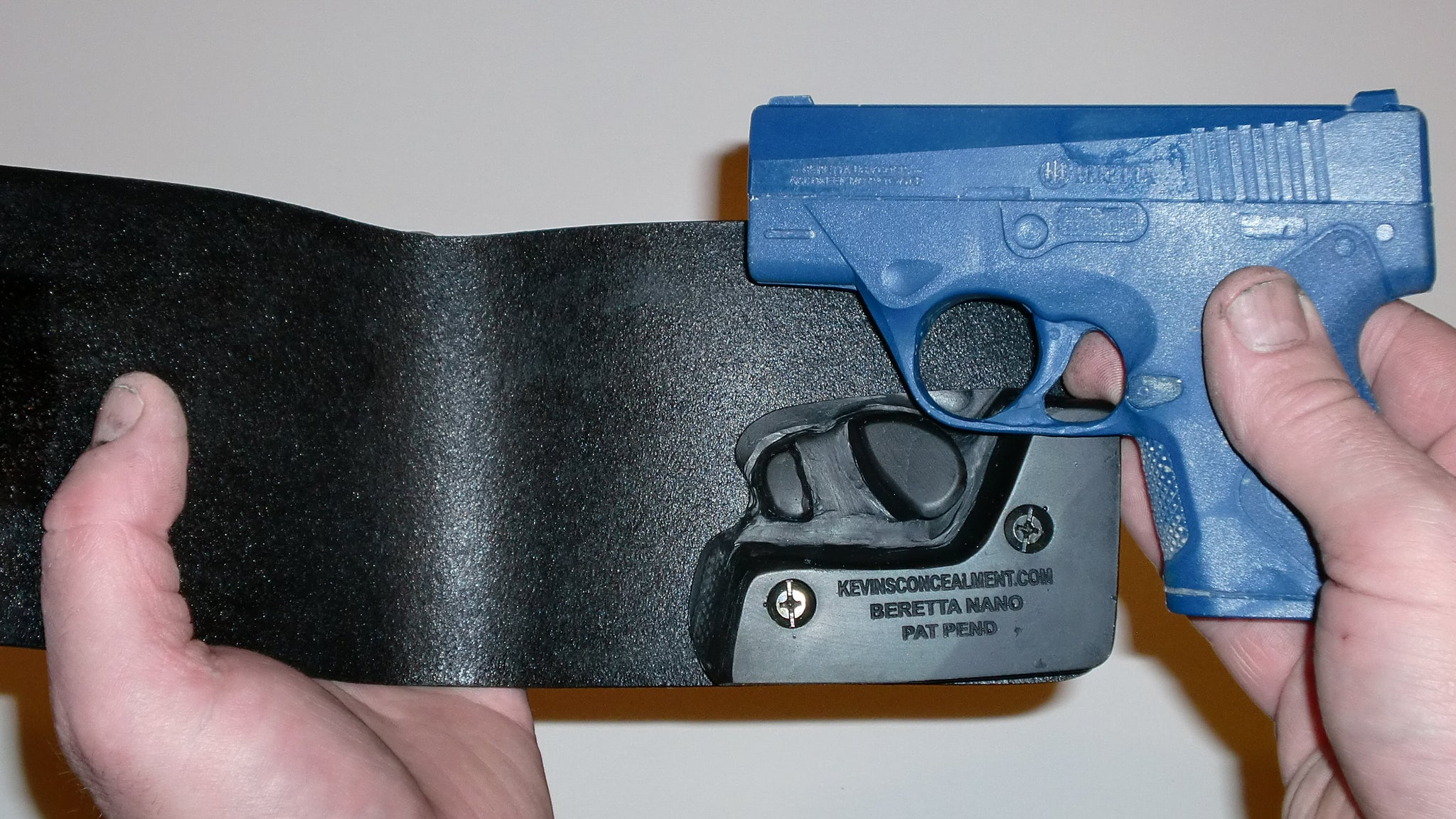 Wallet Holster For Full Concealment - Beretta Nano