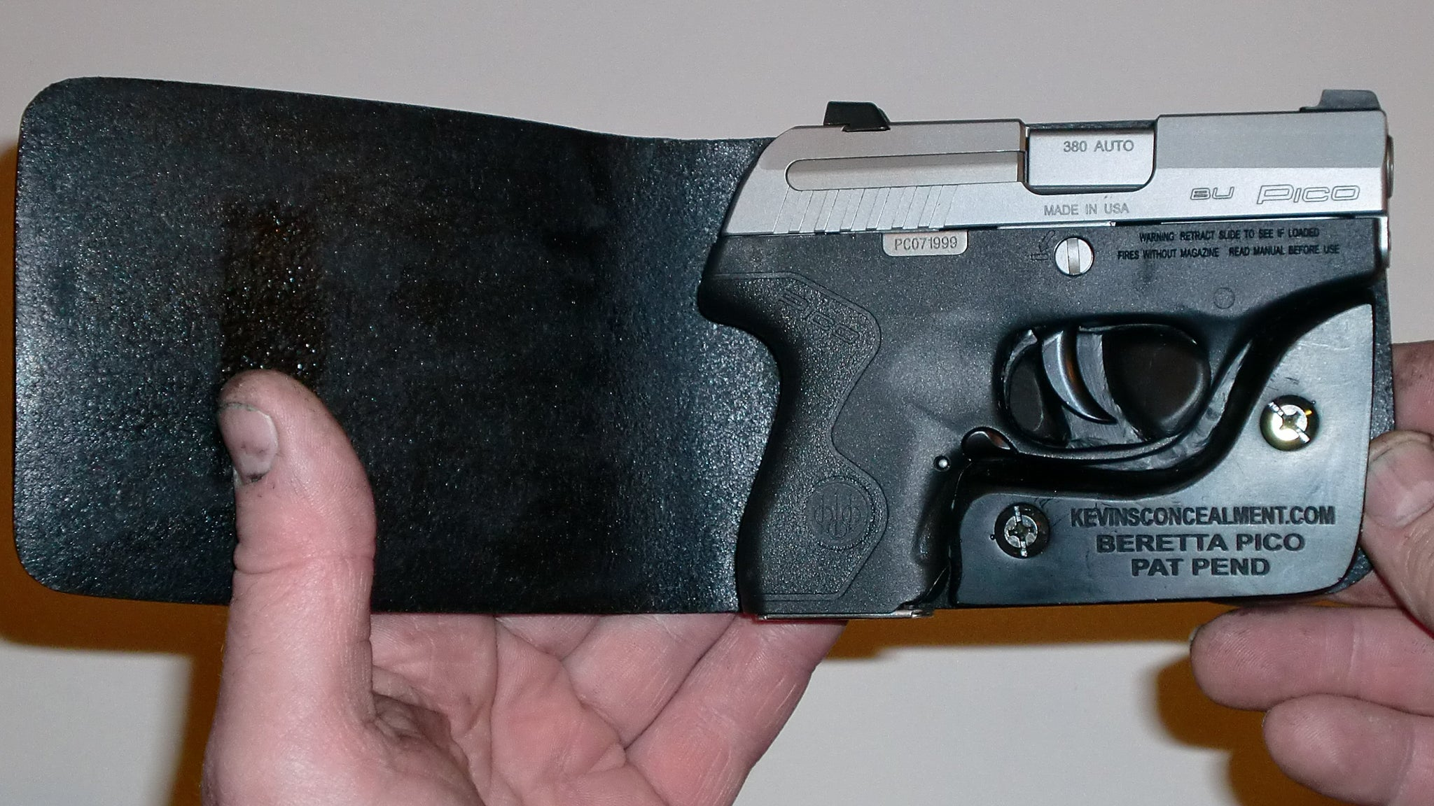 Wallet Holster For Full Concealment - Beretta Pico