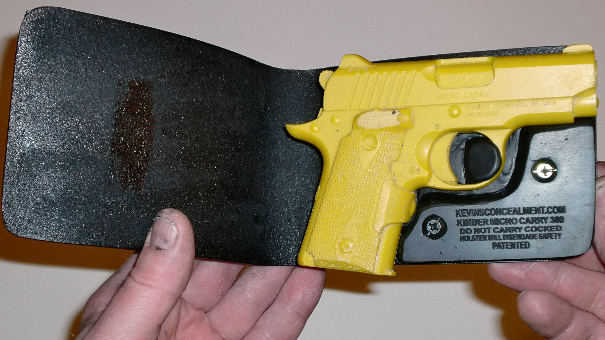 Wallet Holster For Full Concealment - Kimber Micro 380
