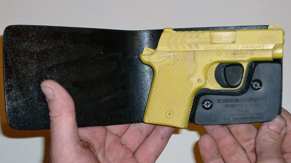 Wallet Holster For Full Concealment - Springfield 911