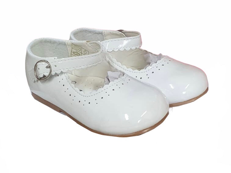 NEW STYLE Infant Mary Jane shoes in White - Roo's Online Shop - children's clothes - Mary Jane shoes -