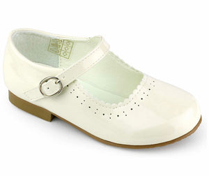 NEW STYLE Junior Mary Jane Shoes in Cream