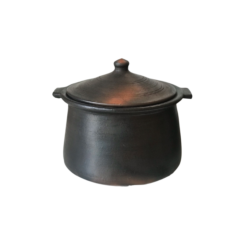 Clay Cook pot (AVAILABLE FOR STORE PICKUP ONLY)