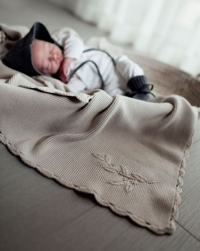 Heirloom Embroidered Blanket - Eggshell