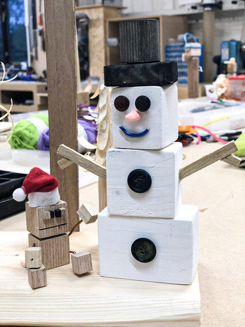 Make a snowman in the Christmas holidays - fun woodwork maker sessions for kids