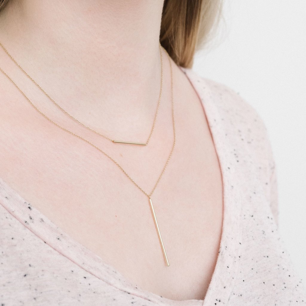 Rose Gold Le Vertical necklace