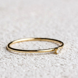 Yellow Gold La Solitaire ring