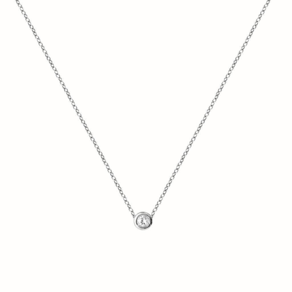 White Gold Le Solitaire necklace