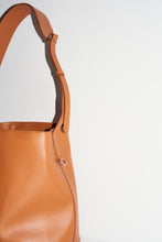 Load image into Gallery viewer, camel tote