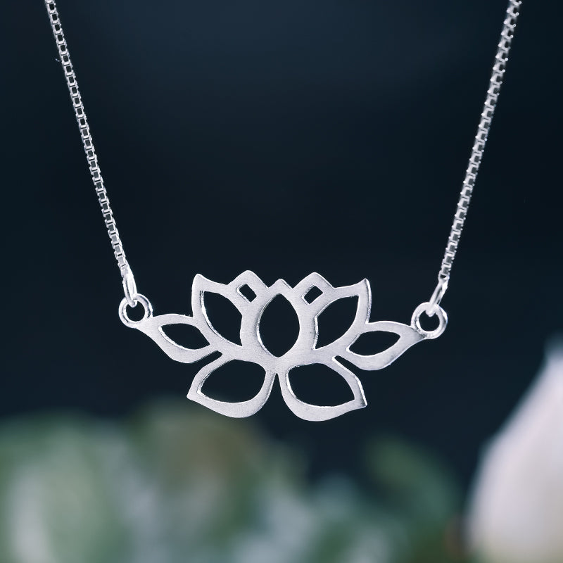 Minimal Lotus - Handmade Necklace | NEW - MetalVoque