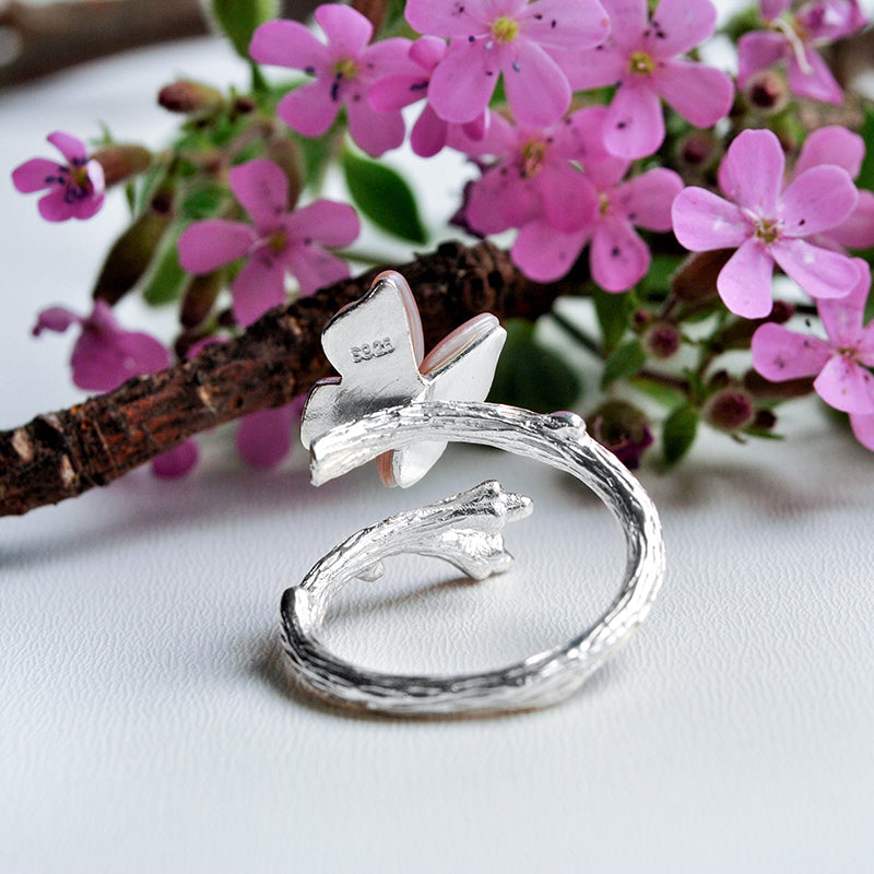 Resting Butterfly - Adjustable Ring - MetalVoque