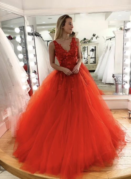 Red v neck tulle lace long prom gown 1350