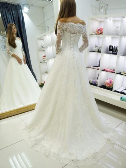 Off Shoulder Long Sleeve Wedding Dresses A Line Lace Appliques Bridal Dresses,AP553